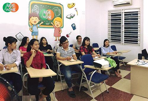 Lớp học ngữ âm miễn phí của A&U